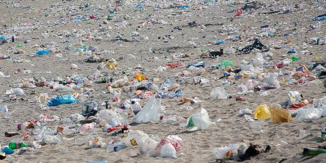 LIMASA-recoge-más-de-20-toneladas-de-basura-en-las-playas-tras-San-Juan